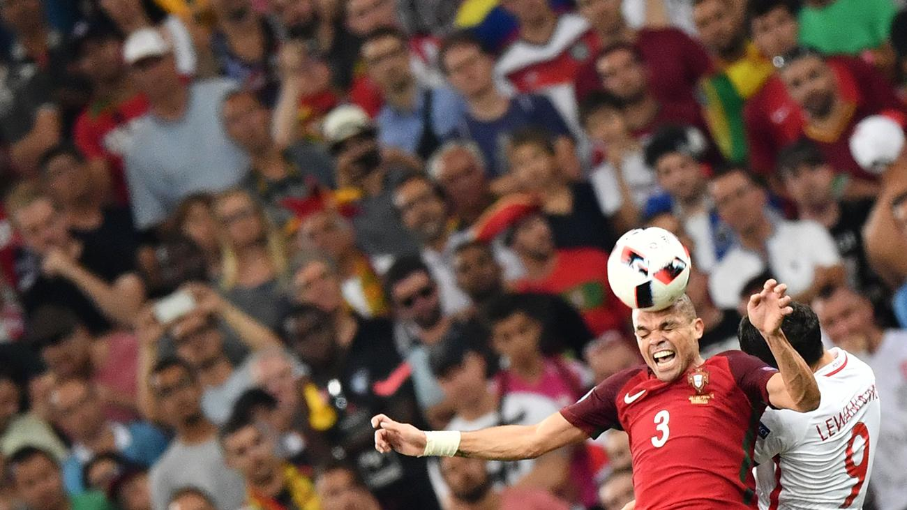 Polen Gegen Portugal Em 2021