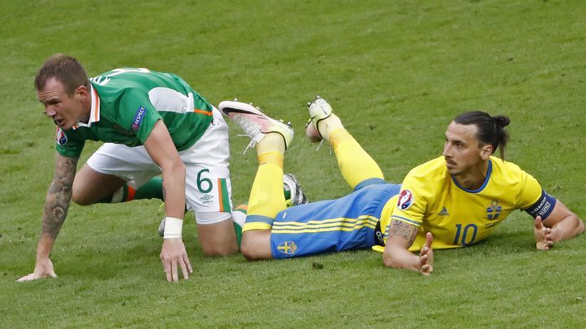 Fußball-EM: Eigentor der Iren besiegelt Remis gegen Schweden