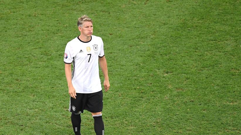Bastian Schweinsteiger: Auch ein Fußballgott muss nicht alles können