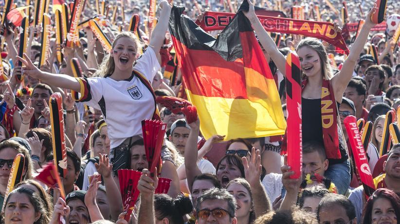 Fanmeilen: Auf der Suche nach dem Deutschland-Gefühl
