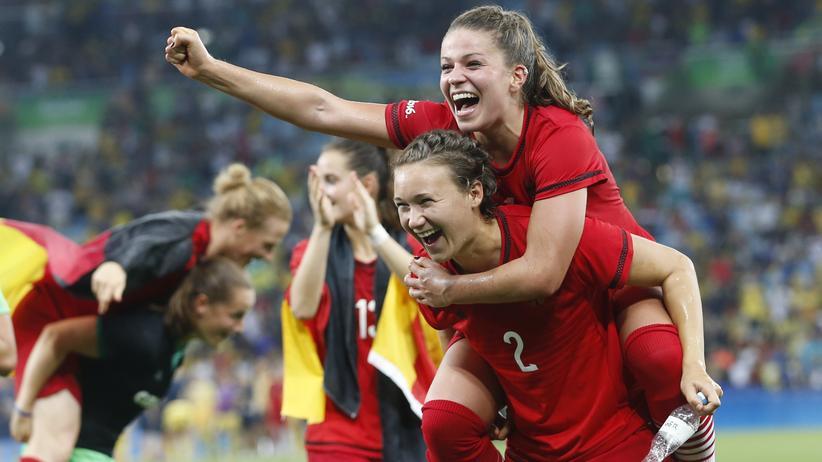 Olympische Spiele: Deutschlands Fußballerinnen holen Olympiagold