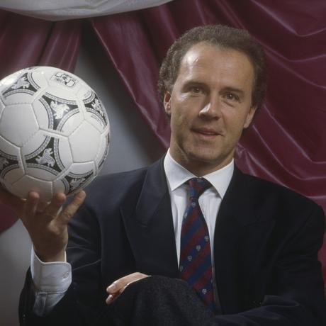 Frühere, leichtere Tage: Franz Beckenbauer vor knapp 30 Jahren