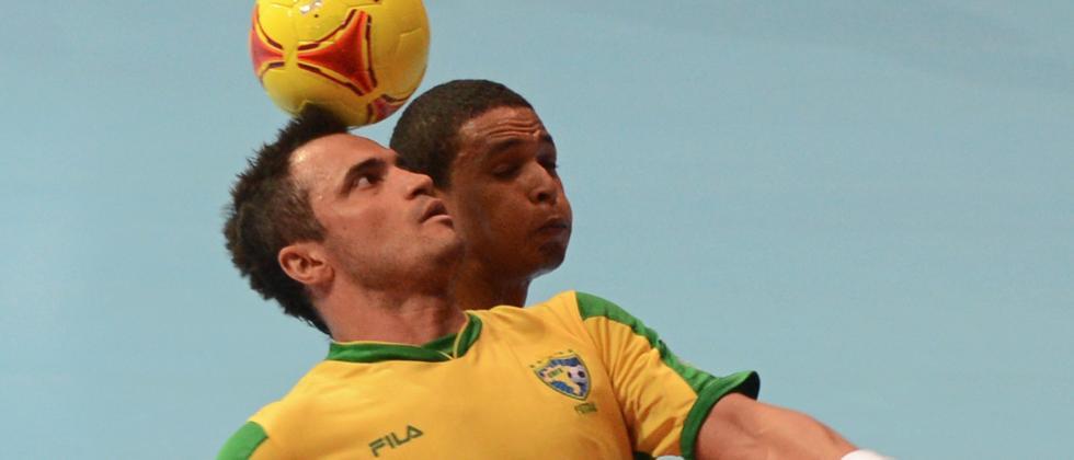Der Brasilianer Falcao gilt als der beste Futsal-Spieler der Welt. Deutschland hingegen startet am Wochenende mit dem ersten offiziellen Länderspiel.