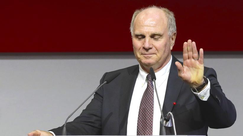 Uli Hoeneß: Uli Hoeneß nach seiner Wiederwahl zu Bayern Münchens Präsident