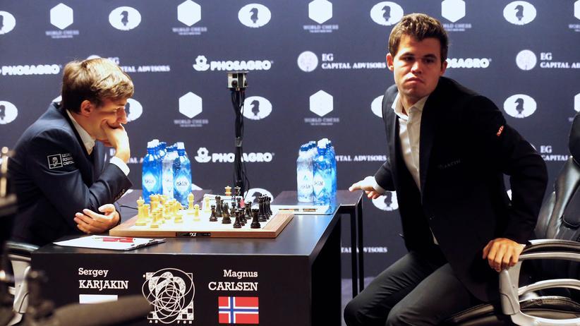 Schach-WM: Magnus schlägt Carlsen