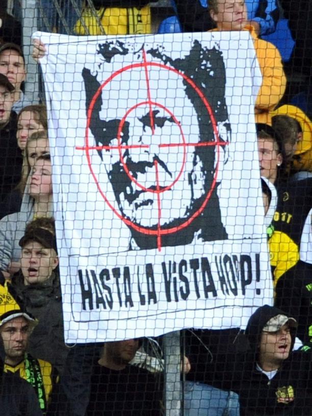 Dortmunder Fans zeigten dieses Transparent im September 2008 in Hoffenheim.