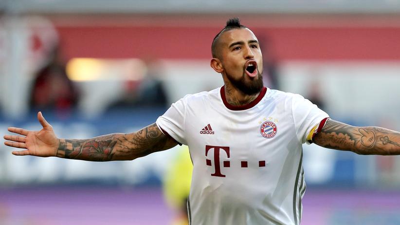 Kurzzeitarbeit genügt den Bayern und Arturo Vidal: Die beiden Tore fielen in der 90. Minute, alle anderen Konkurrenten verloren.