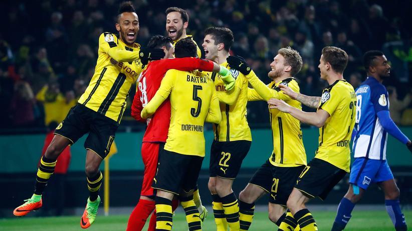 DFB-Pokal: Dortmund schlägt Hertha und trifft auf Lotte