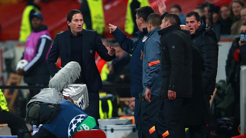 Champions League: Roger Schmidt (l.) trifft auf Diego Simeone (r.).