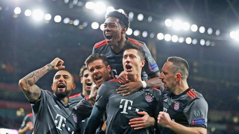 Champions League: Bayern ist im Viertelfinale