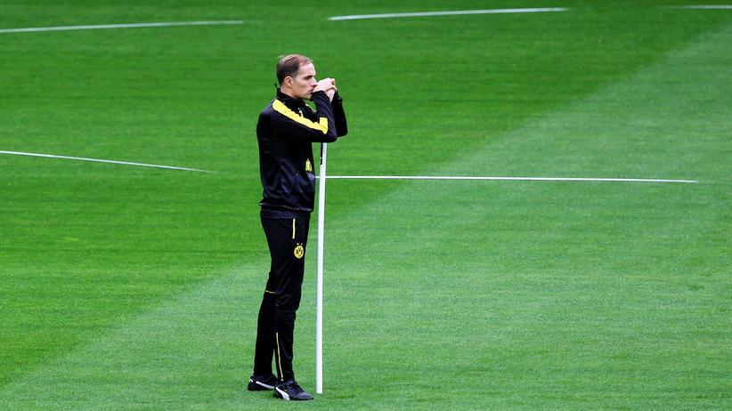 Thomas Tuchel verasbschiedet sich von Borussia Dortmund.