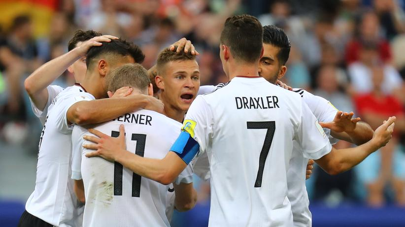 Deutschland – Kamerun: Das deutsche Team konnte sich nach einer fiesen Halbzeit gegen Kamerun behaupten.