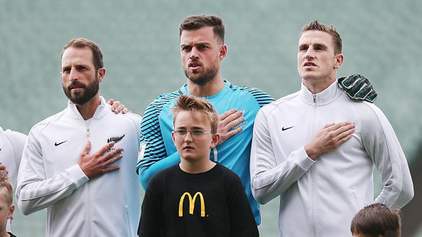 Confed Cup: Neuseelands Nationaltorhüter Stefan Marinovic (Mitte)