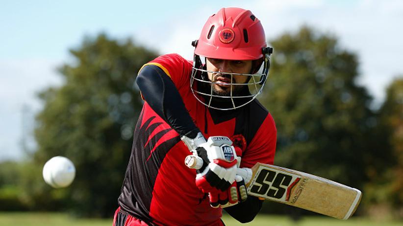 In Deutschland vielleicht bald kein seltenes Bild mehr: Ein Cricket-Spieler bei der Arbeit