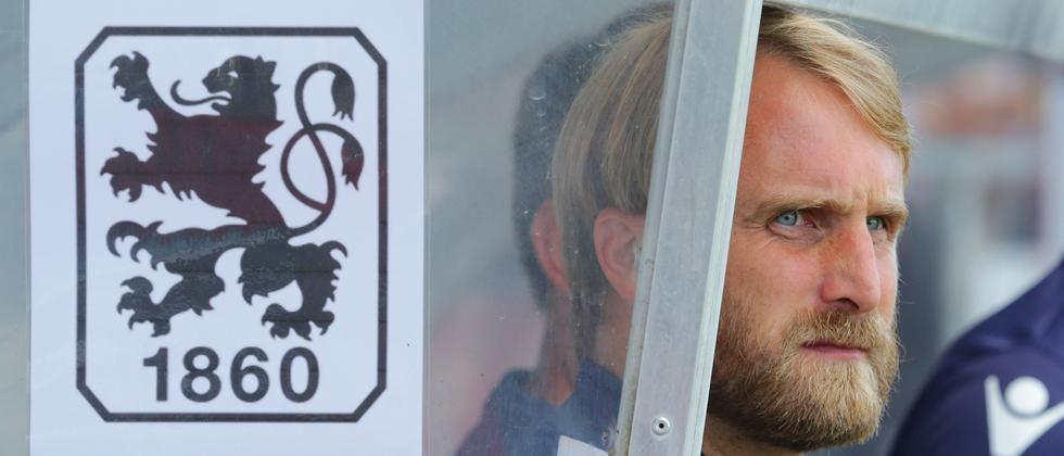 Daniel Bierofka, Trainer des TSV 1860 München, schaut weiter in eine ungewisse Zukunft.