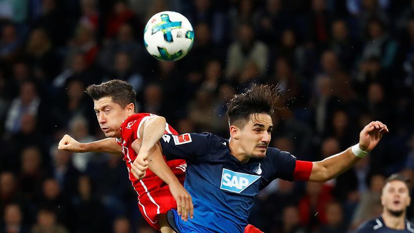 Bundesliga-Rückschau: Robert Lewandowski will bessere Mitspieler.