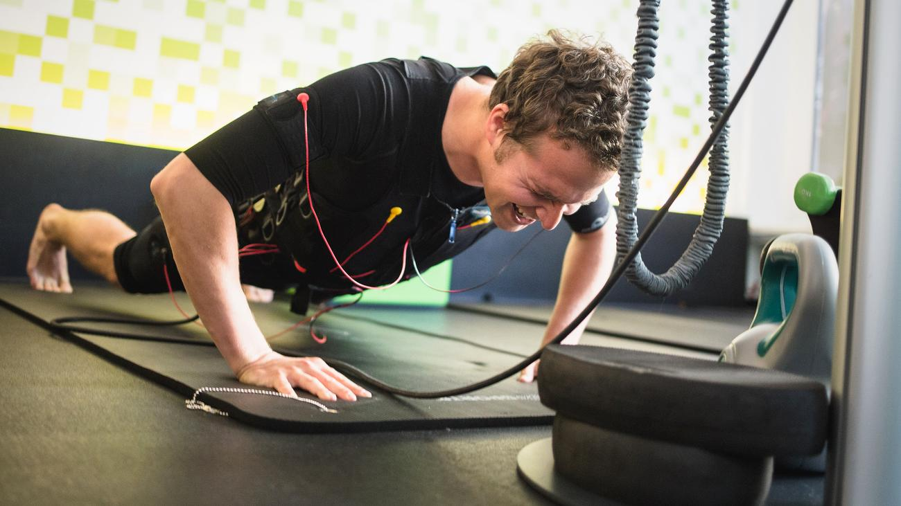 Elektronische Muskelstimulation: Hoffen auf den Stromausfall