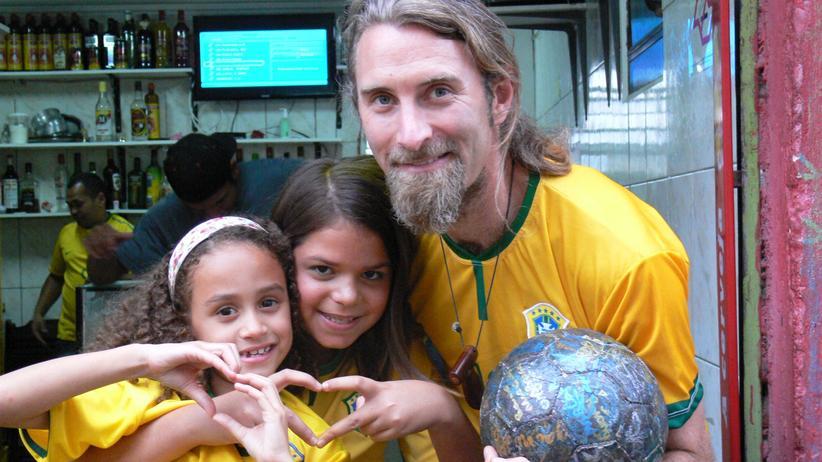 """Fußball-Weltmeisterschaft: """"Der Glaube an die Menschheit hat sich bis jetzt immer ausgezahlt"""""""