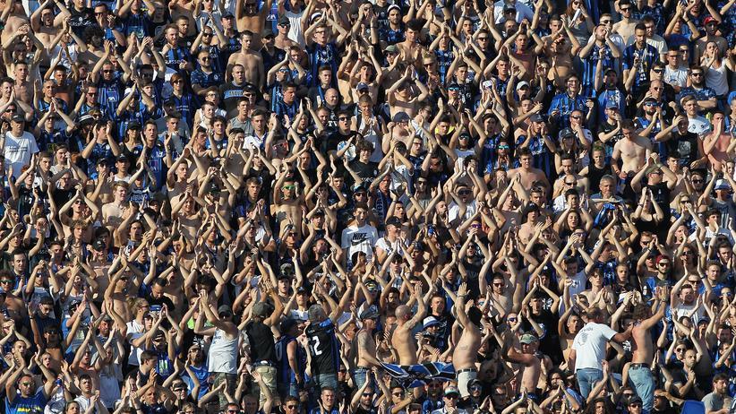 Europa League: Die Fans veon Atalanta Bergamo kennt man in ganz Europa.