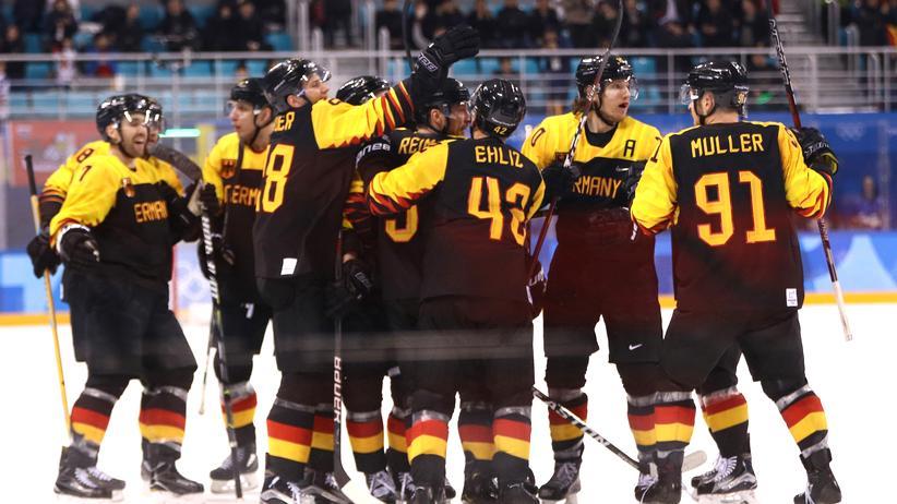 Winterspiele: Eishockey-Team zieht ins Olympia-Halbfinale ein