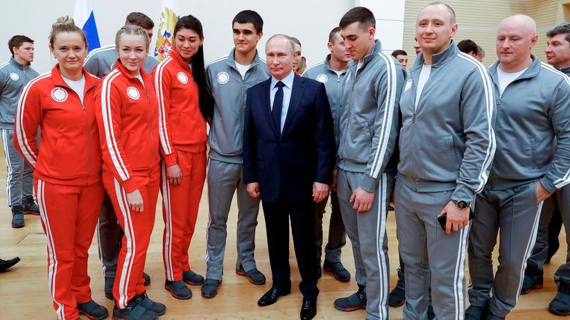 Olympische Winterspiele: IOC lehnt nachträgliche Einladung für russische Sportler ab