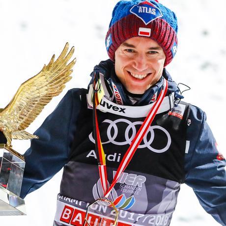 Olympische Winterspiele: Zweimal in Folge gewann Olympia-Teilnehmer Kamil Stoch die Vierschanzentournee.