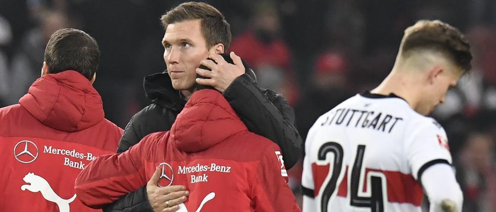 Ex-VfB-Trainer Hannes Wolf bei einer seiner letzten Handlungen am vergangenen Wochenende.
