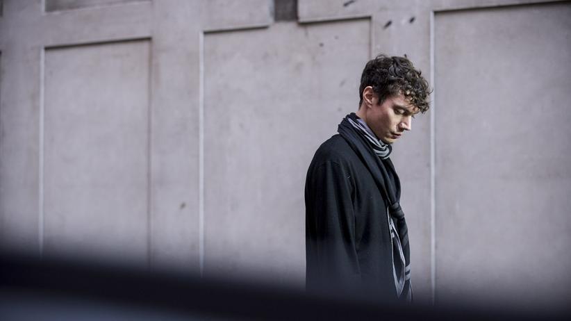 """Kandidatenturnier: """"Distanz ist ja nicht unbedingt etwas Schlechtes"""": Der Starpianist Francesco Tristano"""