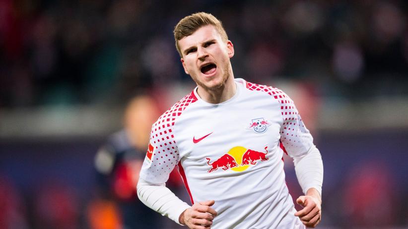 Auch ihn hat man jetzt lieb: Leipzigs Timo Werner jubelt über sein 2:1-Tor gegen die Bayern.
