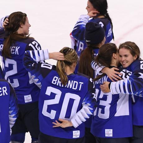Spitzensport: Frauen als schmückendes Beiwerk