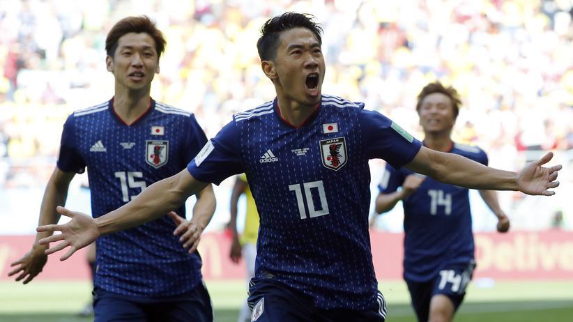 Fußball-WM: Japan gewinnt gegen Kolumbien