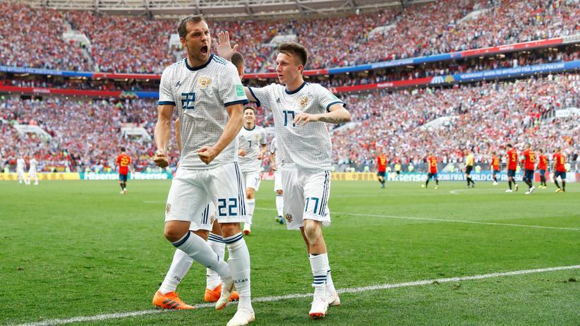 Fußball-WM: Russland im Viertelfinale, Spanien raus
