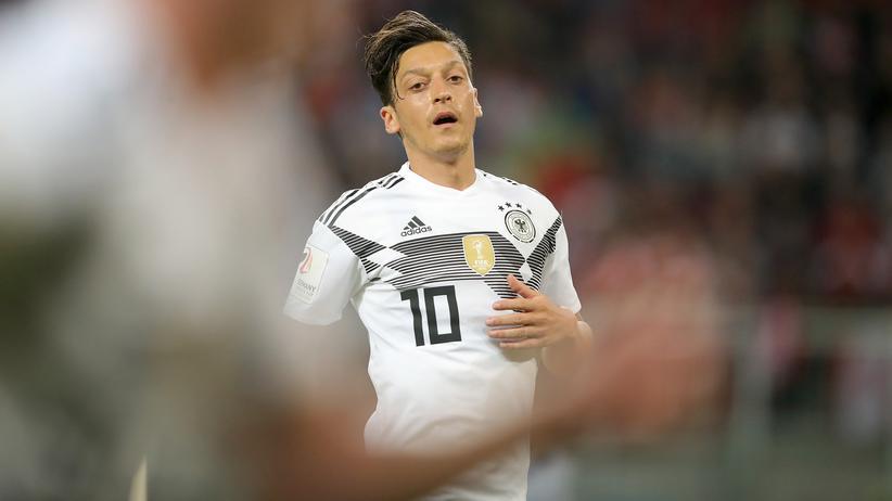 """Rücktritt von Mesut Özil: """"Er hat seit Jahren einen Dreck gespielt"""""""