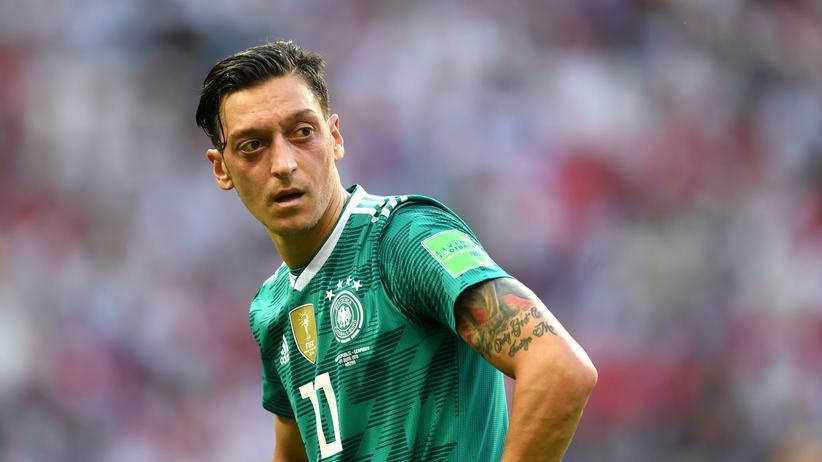 Nationalmannschaft: DFB bedauert Özils Abschied und räumt Fehler ein