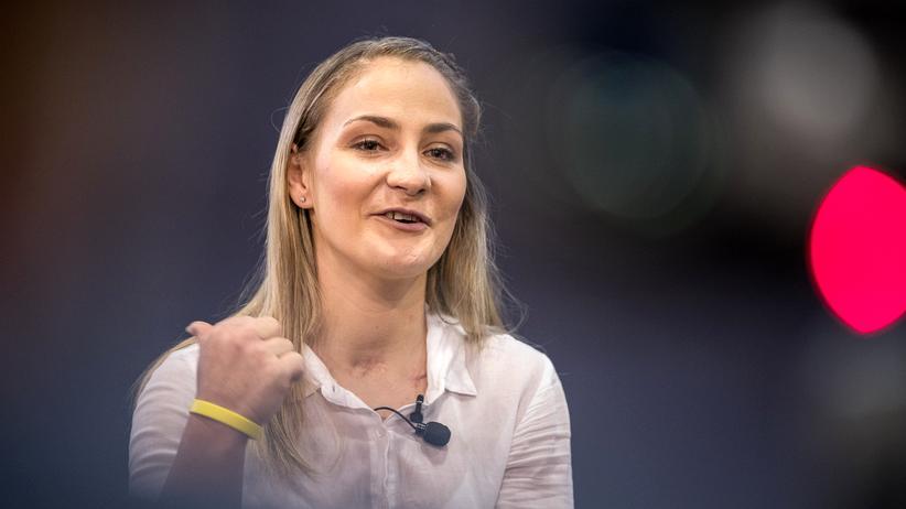 Kristina Vogel: Nächstes Ziel: Treppen steigen