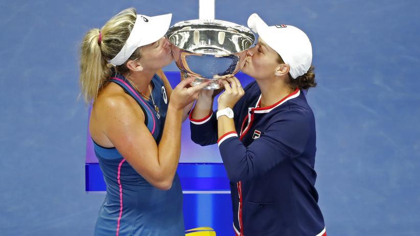 US-Open: Coco Vandeweghe und Ashleigh Barty gewinnen Damen-Doppel