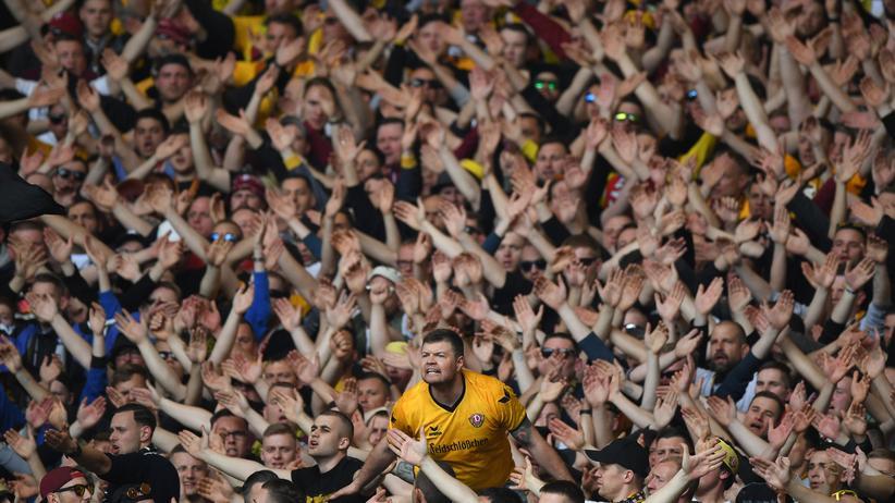 Dynamo Dresden: Vereinspolitik aus der Kurve