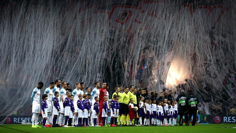 Bundesliga-Vorschau: Die Choreo der Eintracht-Fans vor dem Spiel gegen Olympique Marseille