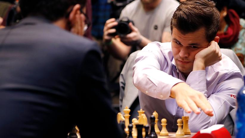 Schach-WM: Magnus Carlsen ist wieder Weltmeister