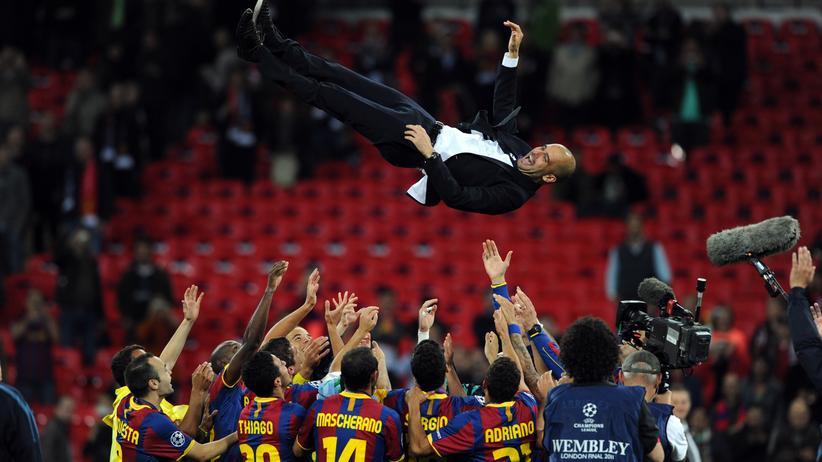 Barcelona gewann unter Pep Guardiola zweimal die Champions League, der Sieg 2011 in Wembley gilt als der künstlerische Höhepunkt der Zeit von Guardiola in Barcelona.