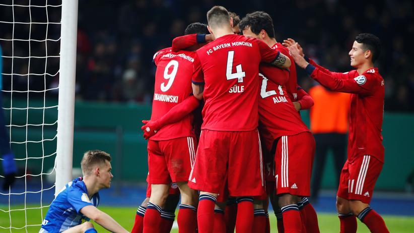 DFB-Pokal: Schalke und Bayern erreichen Viertelfinale