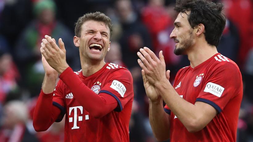 Bundesliga-Rückschau: Jetzt weiß Jogi Löw, was eine Harke ist