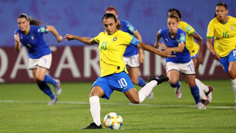 Frauenfußball-WM: Brasilien gewinnt mit dem 17. WM-Tor von Marta Vieira da Silva