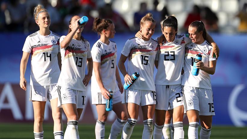 Fußball-WM der Frauen: Auf diesem Foto hat nur Sara Doorsoun (zweite von rechts) einen Migrationshintergrund.