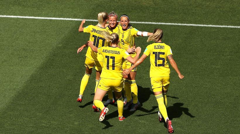 Frauenfussball Wm Schwedinnen Beenden Fussball Wm Auf Platz