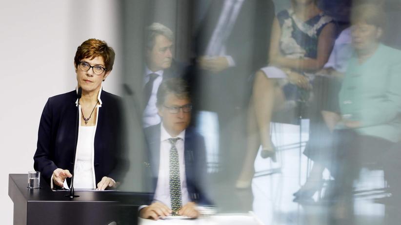 CDU: Maaßen bietet Kramp-Karrenbauer klärendes Gespräch an