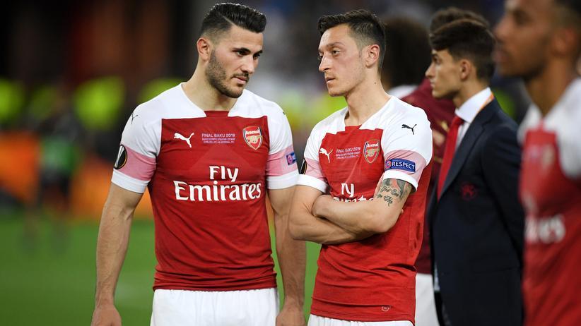 Premier League: Sead Kolašinac und Mesut Özil werden nicht beim ersten Saisonspiel des FC Arsenal mitspielen.