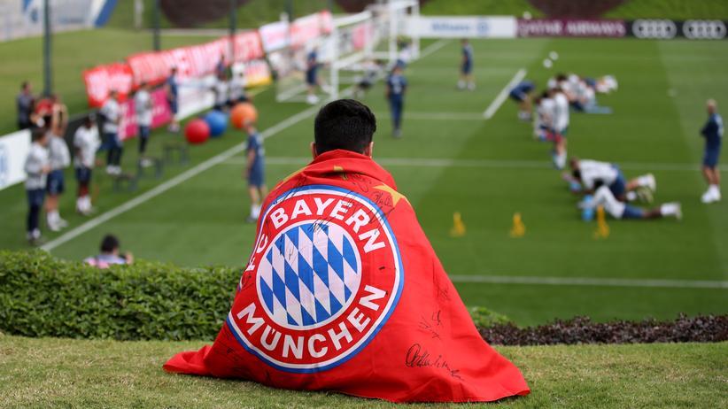 Menschenrechte: Grüne kritisieren FC Bayern für Trainingslager in Katar