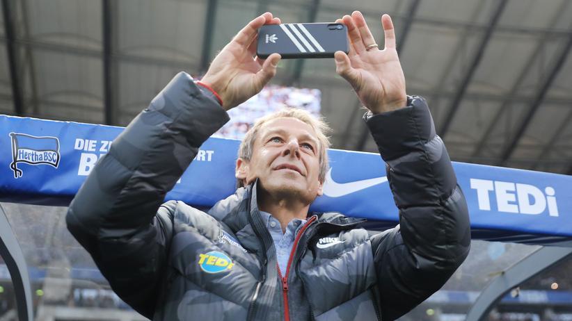 Jürgen Klinsmann geht mal wieder ganz neue Wege.