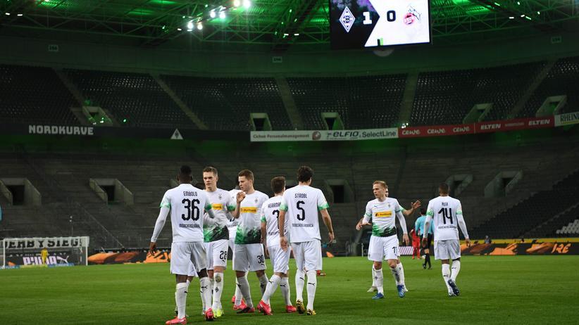Fußball: Gladbacher Geisterjubel